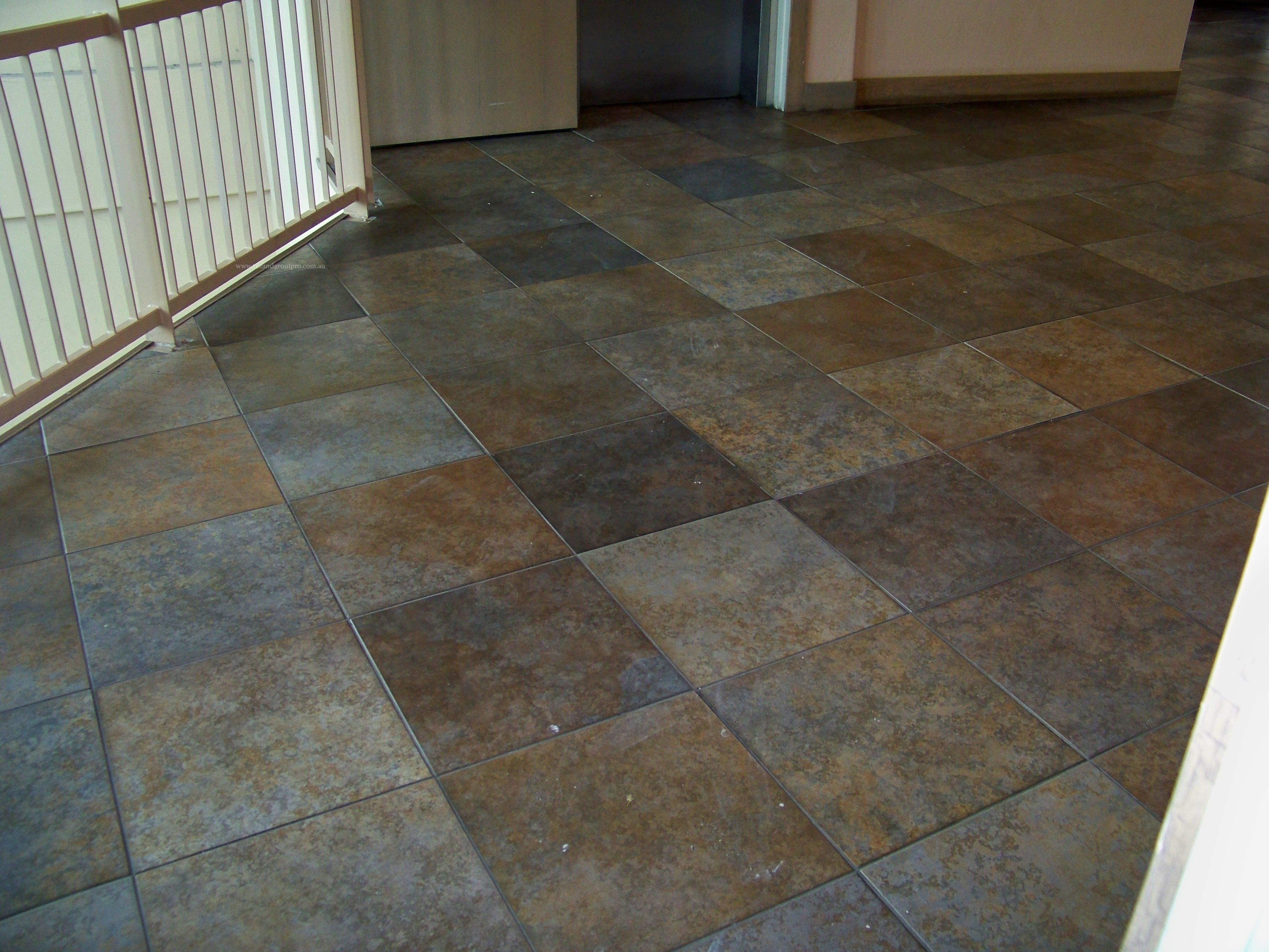 Scratch-Removal Granite Tiles